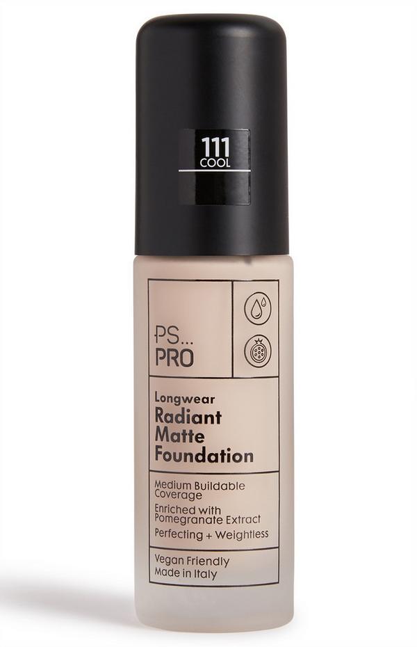 """""""PS Pro 111 Cool"""" Lang anhaltende Foundation für einen strahlend matten Teint"""