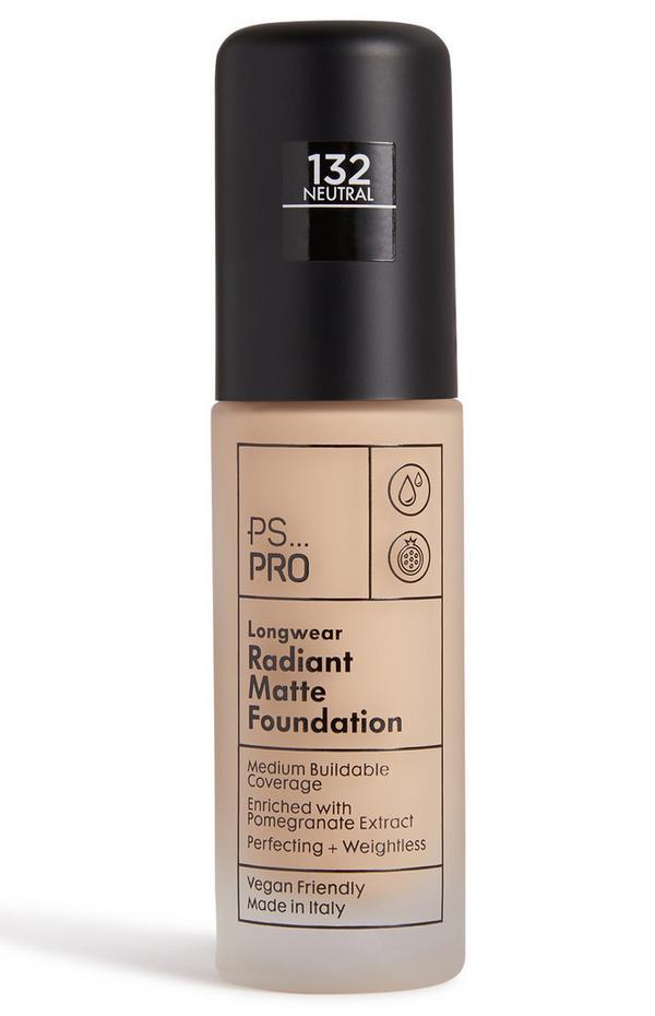 PS Pro Longwear Radiant Matte Foundation 132 Neutral