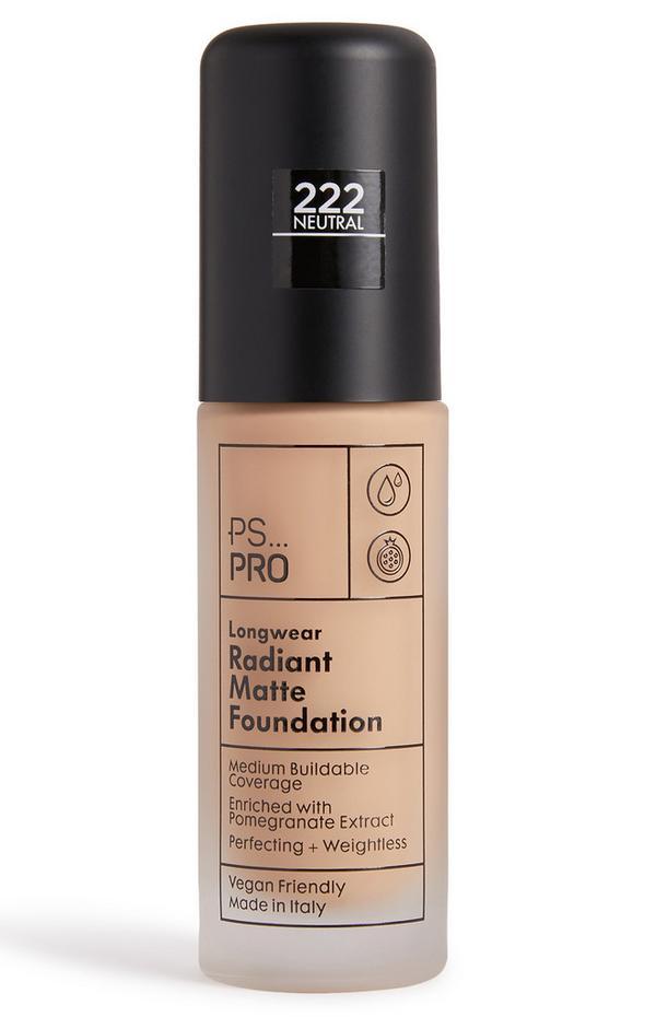 """""""PS Pro 222 Neutral"""" Lang anhaltende Foundation für einen strahlend matten Teint"""