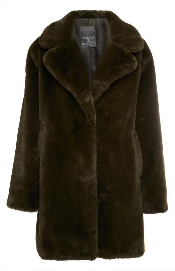Cappotto nero imbottito con cappuccio in pelliccia sintetica
