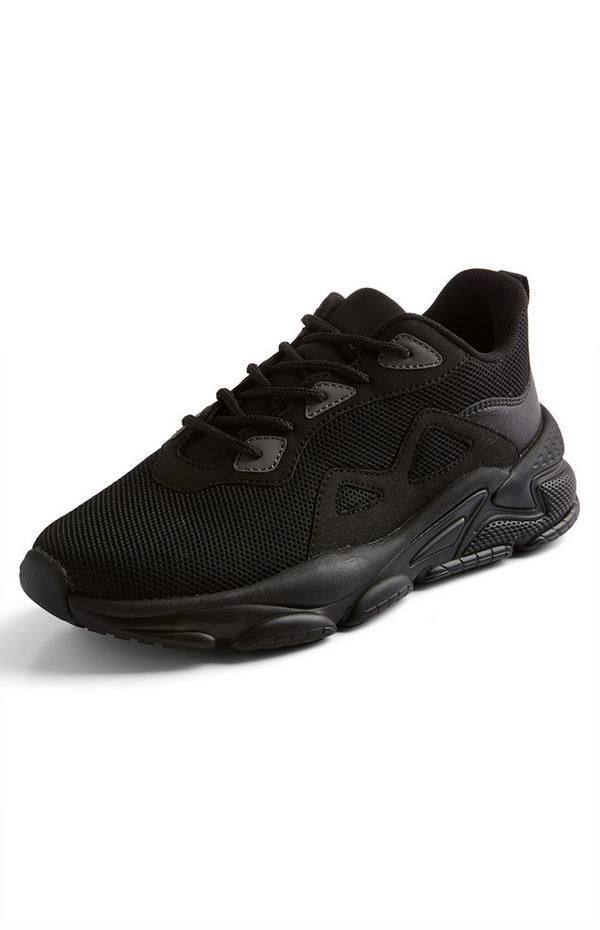 Schwarze Sneaker in Mesh-Optik mit dicker Sohle