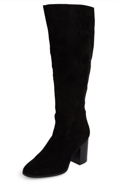 Schwarze, kniehohe Stiefel mit Blockabsatz