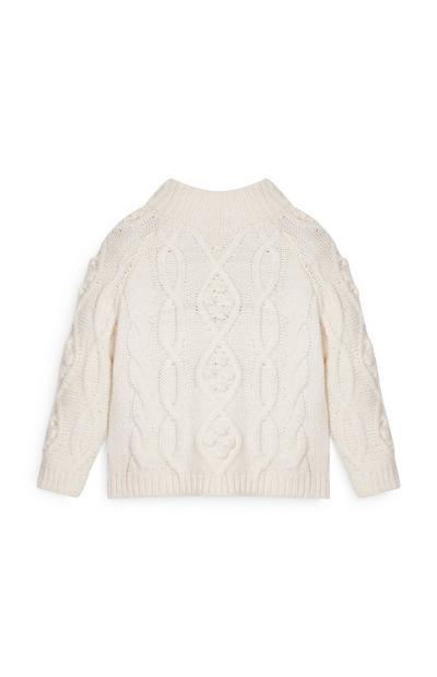 Weißer Pullover mit Zopfmuster