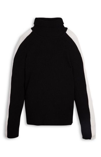 Črn pulover z zavihanim ovratnikom in črtastimi rokavi