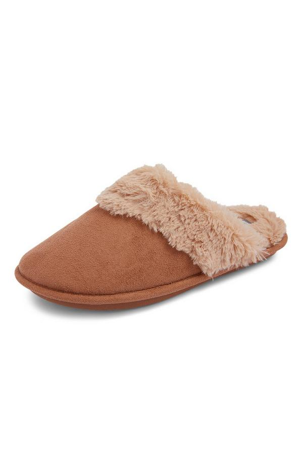 Pantofole marroni scamosciate