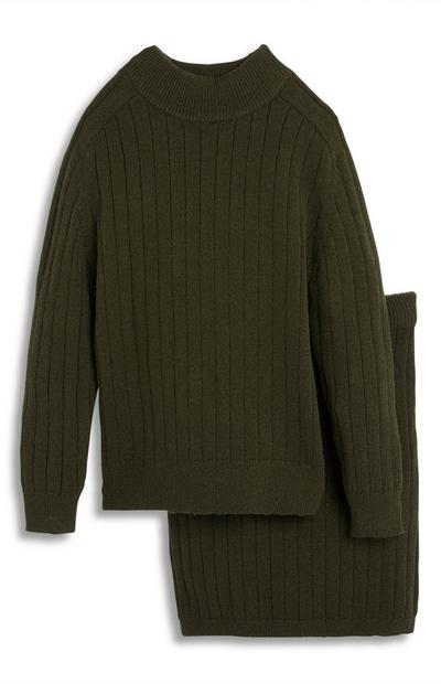 Completo gonna e maglione verde scuro a coste