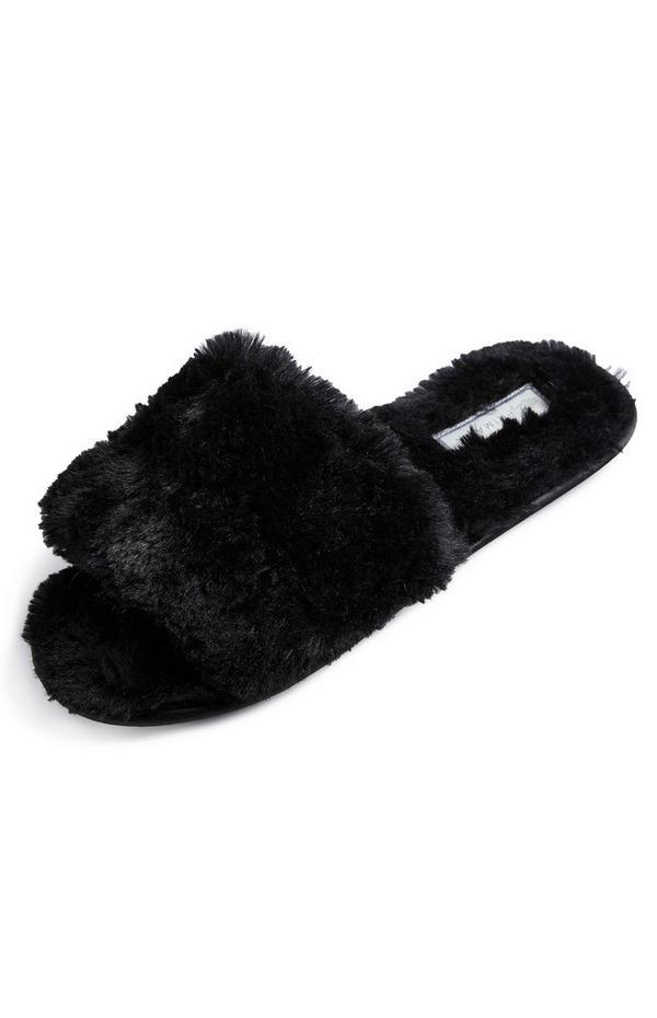 Zwarte pantoffels van imitatiebont
