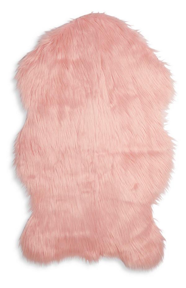 Majhna rožnata umetna ovčja koža
