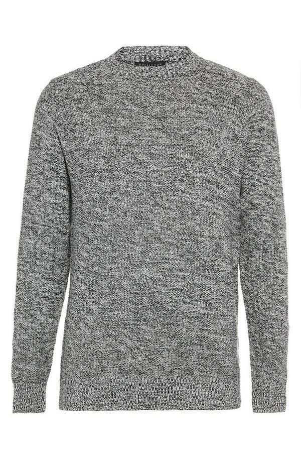 Grauer Pullover mit Moosstich