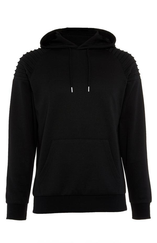 Črn motoristični pulover s kapuco in okrašenimi rameni