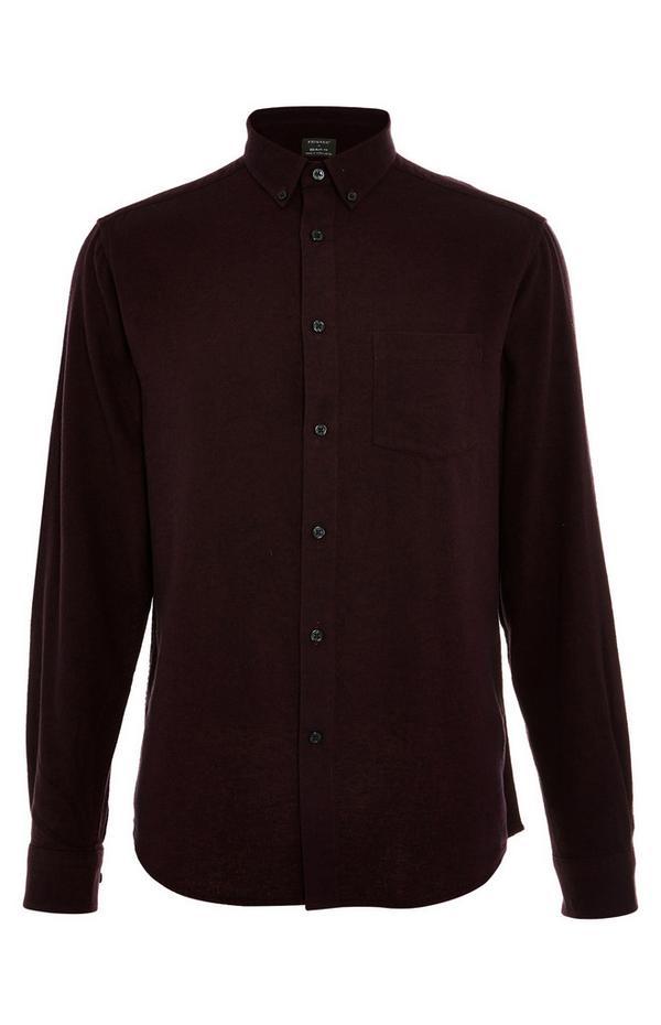 Burgunderrotes, langärmeliges Flanellhemd