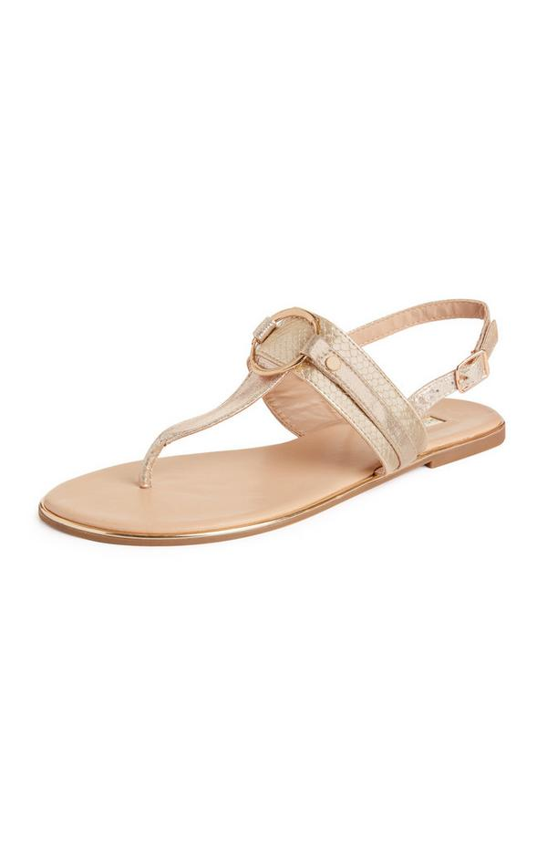 Goudkleurige sandalen met bandjes en metalen ring