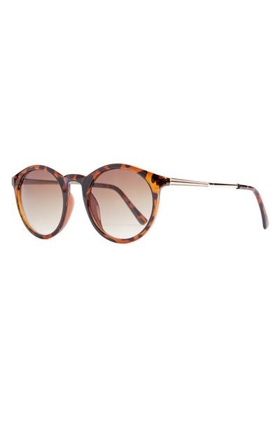 Okrogla sončna očala iz umetne želvovine