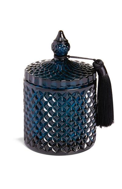 Kerze im dunkelblauen Glas mit Quaste am Deckel