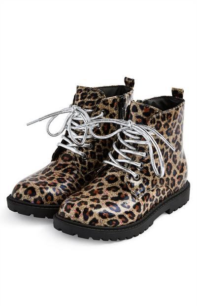 Younger Girl Leopard Print 90s Boots
