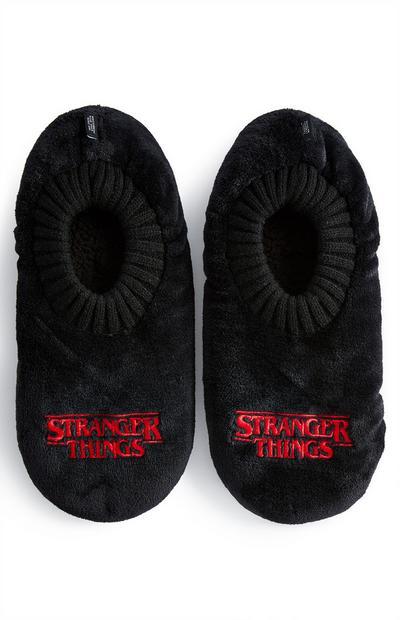 Pantufas estilo meia Stranger Things preto/vermelho