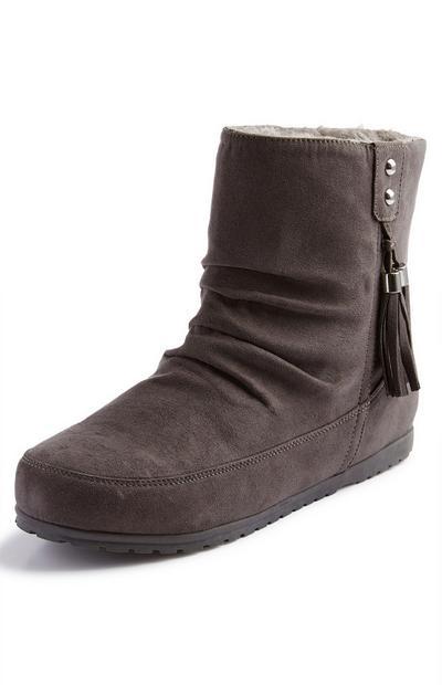 Anthrazitgraue Stiefel mit seitlicher Quaste