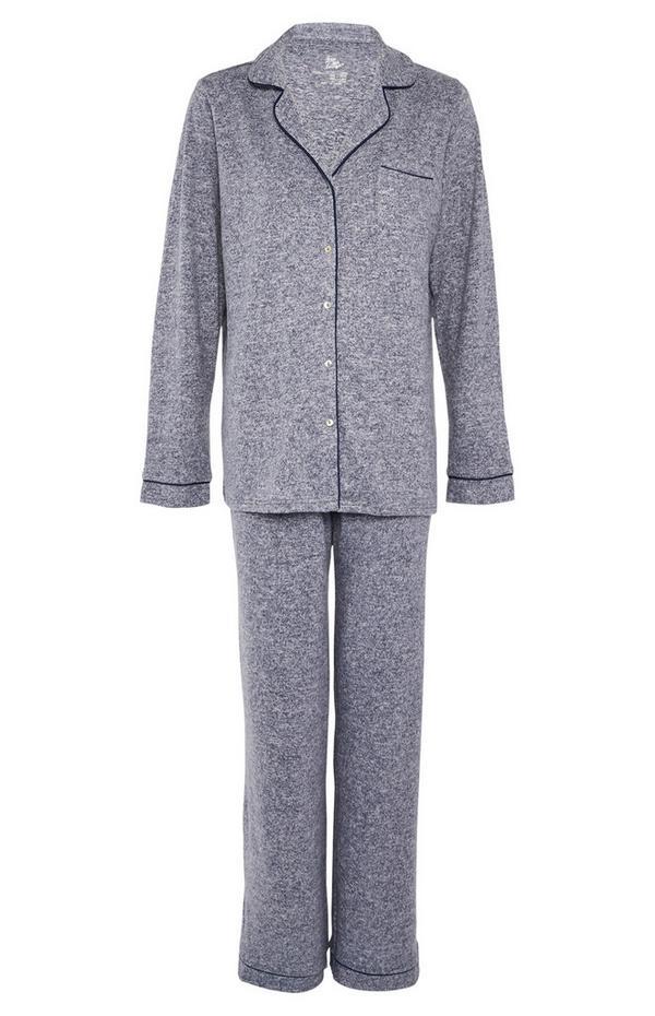 Superweicher marineblauer Pyjama mit Knöpfen