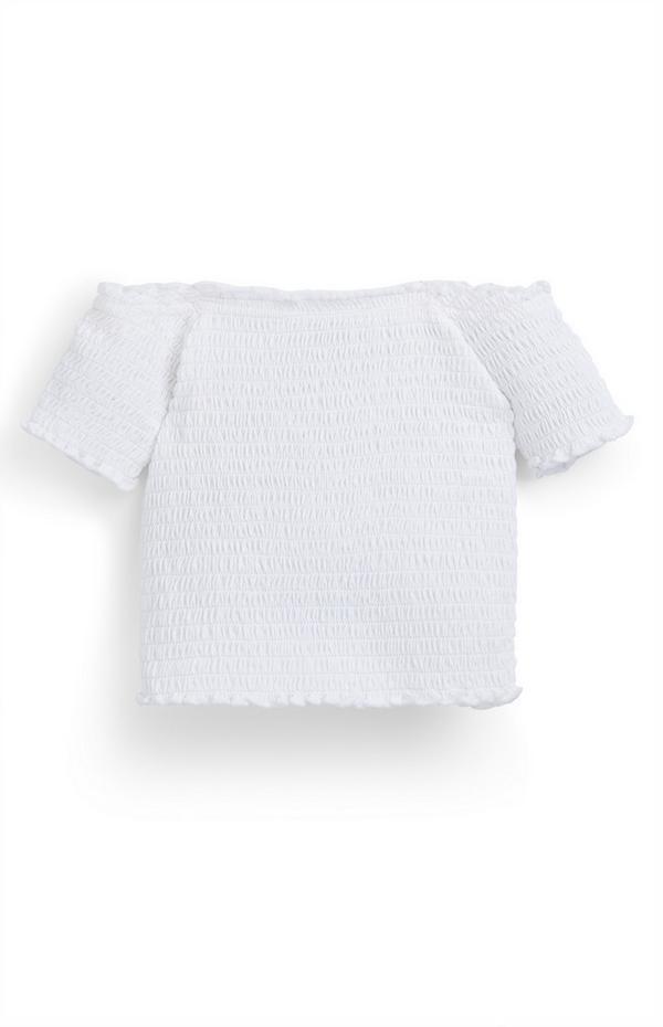 Top blanco fruncido con hombros descubiertos para niña pequeña