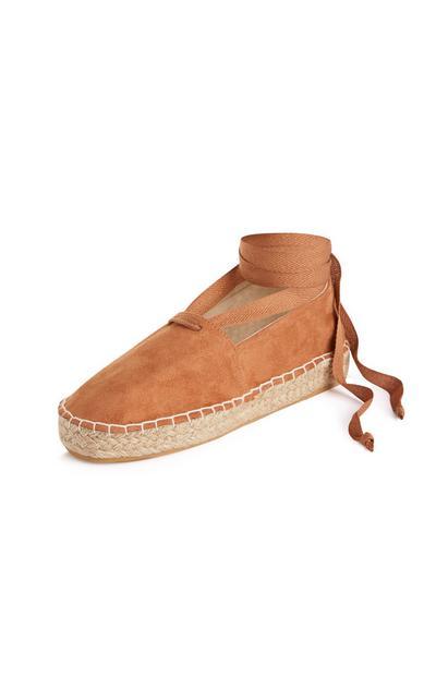 Espadrillas marroni allacciate alla caviglia