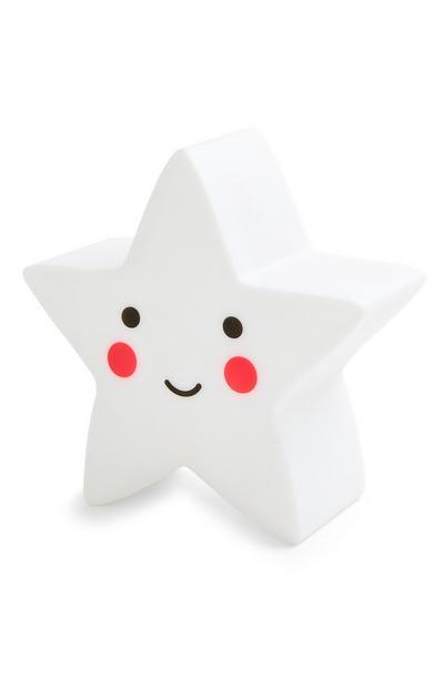 Weiße, sternförmige LED-Leuchte mit Smiley-Gesicht