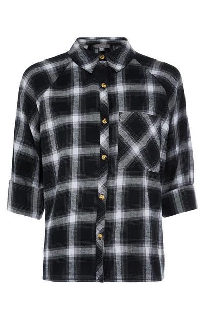 Schwarz-weiß kariertes Kurzarmhemd