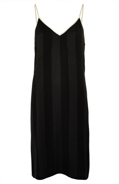 Schwarzes Nachthemd aus Satin mit Streifen