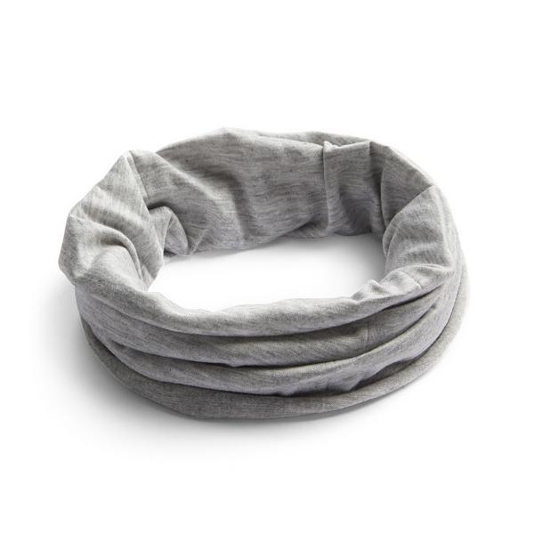 Snood gris uni à porter de plusieurs façons