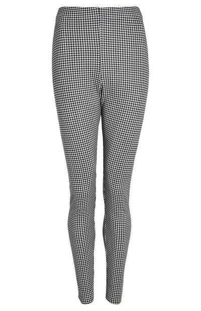 Schwarz-weiß karierte Leggings in Wildleder-Optik