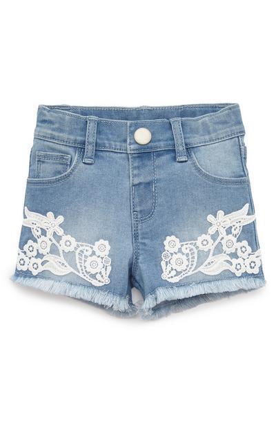 Korte spijkerbroek met gehaakte details voor baby's (meisje)
