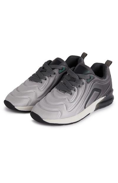 Grijze sneakers met reliëfprint, kleurverloop en phylon-zool voor jongens