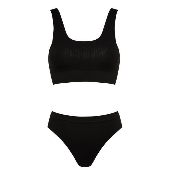 Zwart naadloos lingeriesetje met korte top