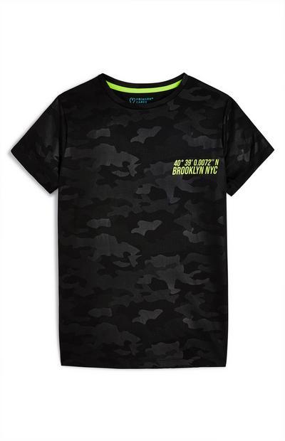 T-shirt sportiva con motivo mimetico da ragazzo