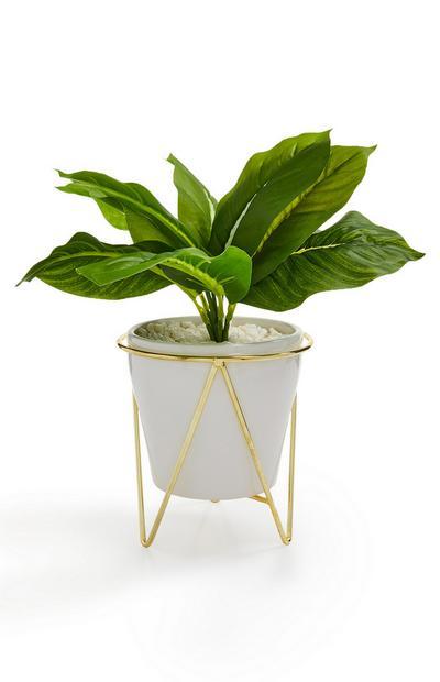 Pot blanc et doré avec plante artificielle