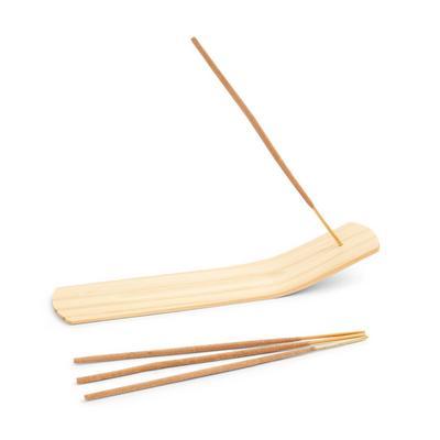 Räucherstäbchen mit Halterung aus Holz