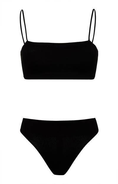 Zwarte naadloze lingerieset met bandeaubeha en slip