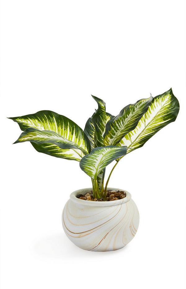 Kunstpflanze mit rundem, marmoriertem Blumentopf
