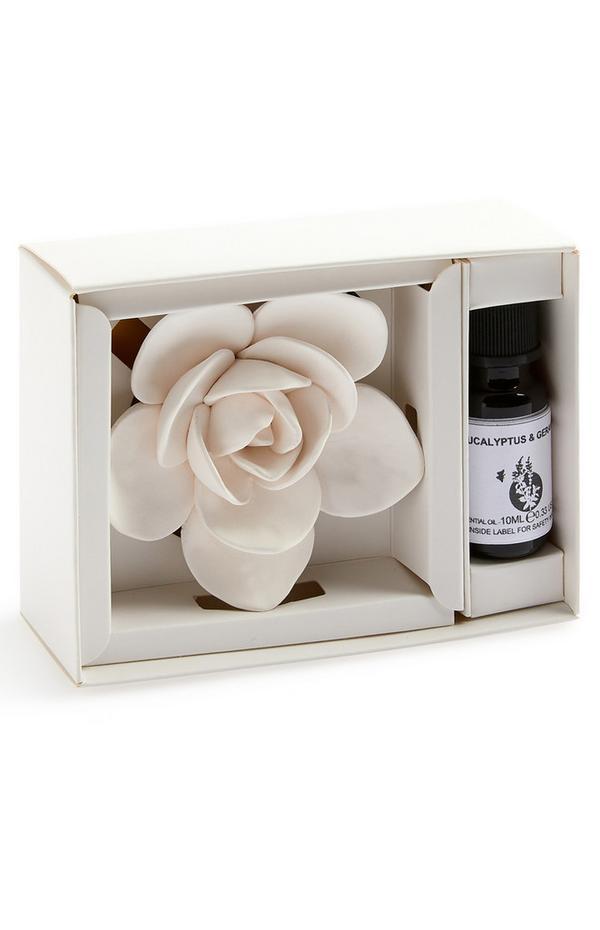 Raumduft aus Keramik im Blumendesign