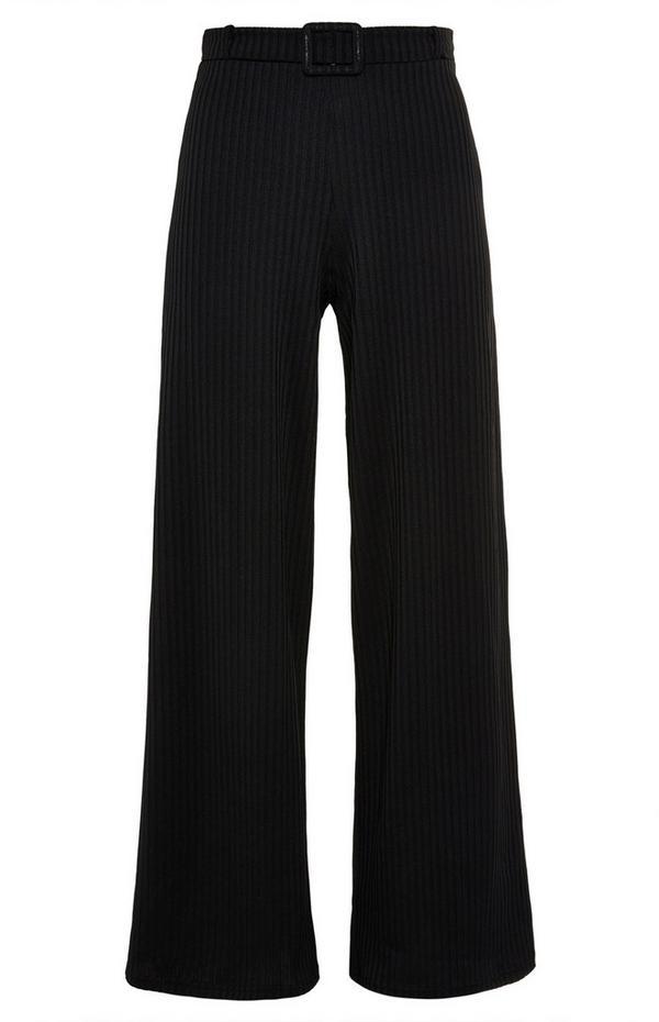 Zwarte ribbroek met riem en wijde pijpen