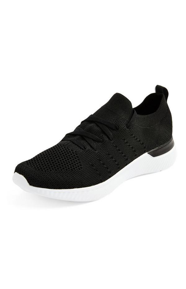 Zwarte sneakers van gebreide stof