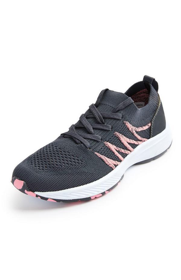 Schwarz-rosa Strick-Sneaker mit Farbtupfern
