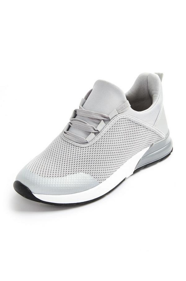 Silberfarbene Strick-Sneaker mit Fersendetail