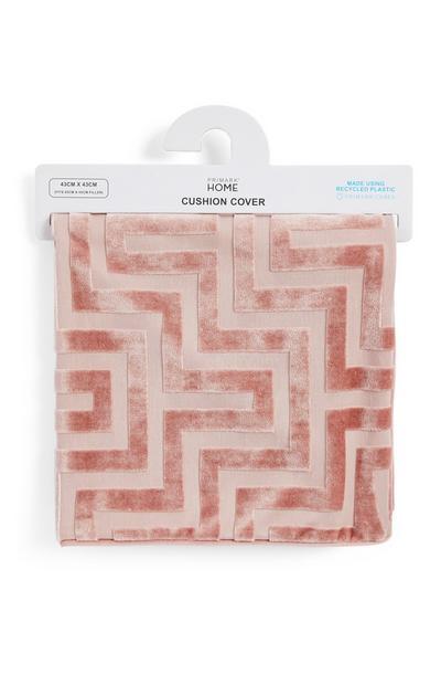 Funda de cojín rosa palo con grecas