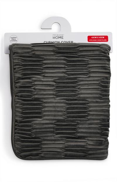Funda de cojín plisada de terciopelo color gris marengo