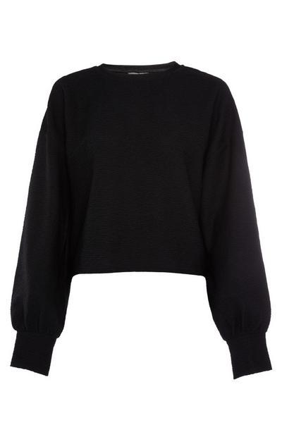 Camiseta de color caqui con textura de manga murciélago larga