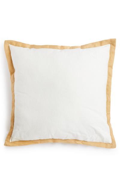 Cuscino bianco in lino con bordo oro