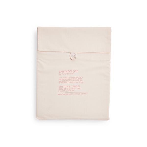 Parure de lit double rose poudré en coton biologique et tencel Earthcolors par Archroma, Primark Cares