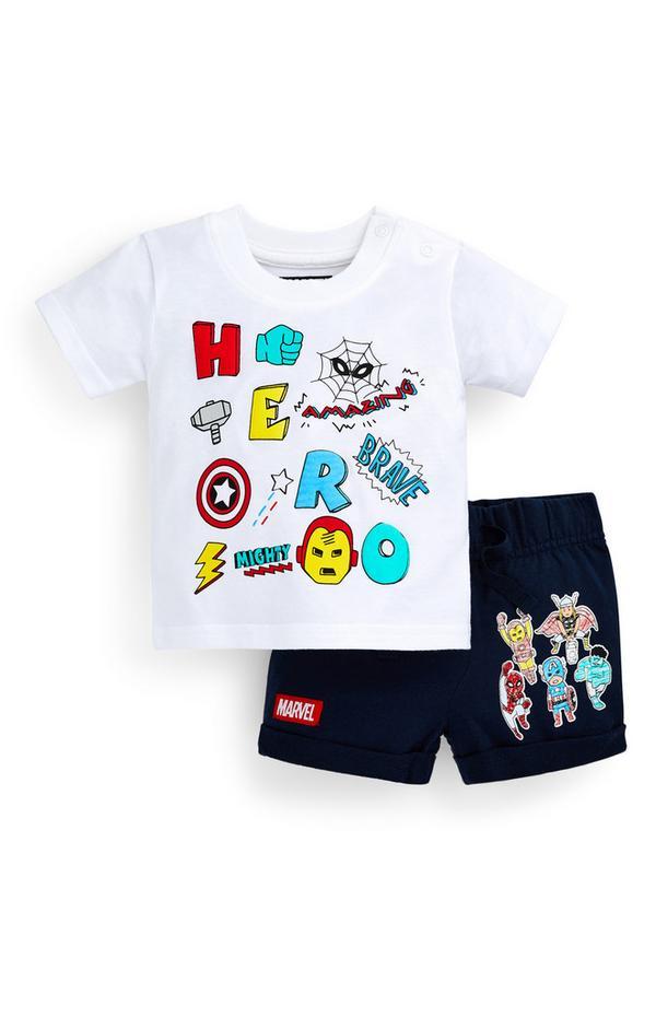 T-shirt e shorts Avengers da bimbo