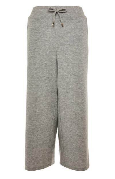 Jupe-culotte grise nouée à la taille