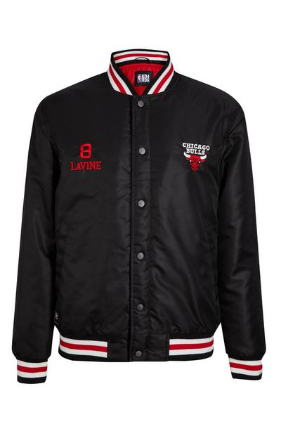 "Schwarze ""NBA Chicago Bulls"" College-Jacke"